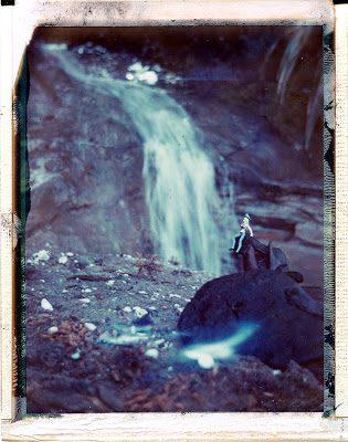blondewaterfall-7976037