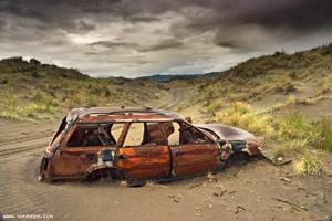 abandon_car.jpg