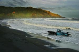 port-waikato-beached-car_1+copy.jpg